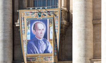 El Papa canonizó el domingo al español Faustino Míguez, fundador de las calasancias